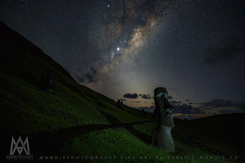 45 | Nightway to the Moai |  Rapa Nui
