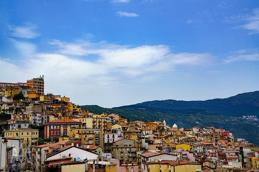 93   Colorful Town    Sardegna