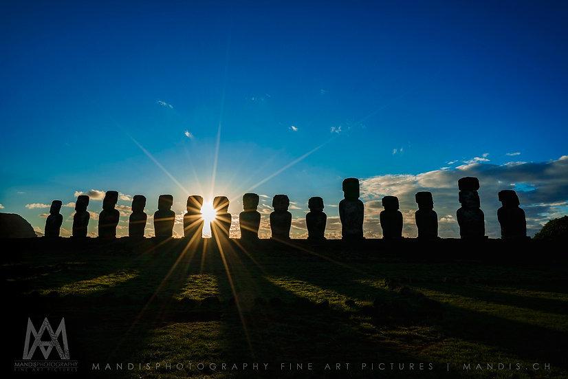 46 | Moai Sunrise Shadow |  Rapa Nui
