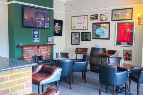 Sport's Bar, The Swan