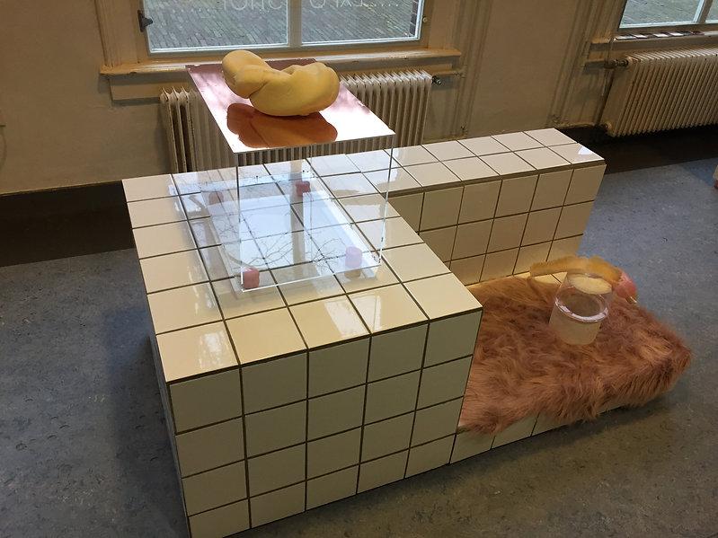 Tiles 3 - Cynthia van Wijngaarden