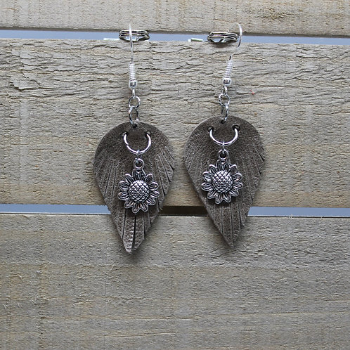 "Genuine Leather Earrings ""Grey Fringe with silver sunflowers"""