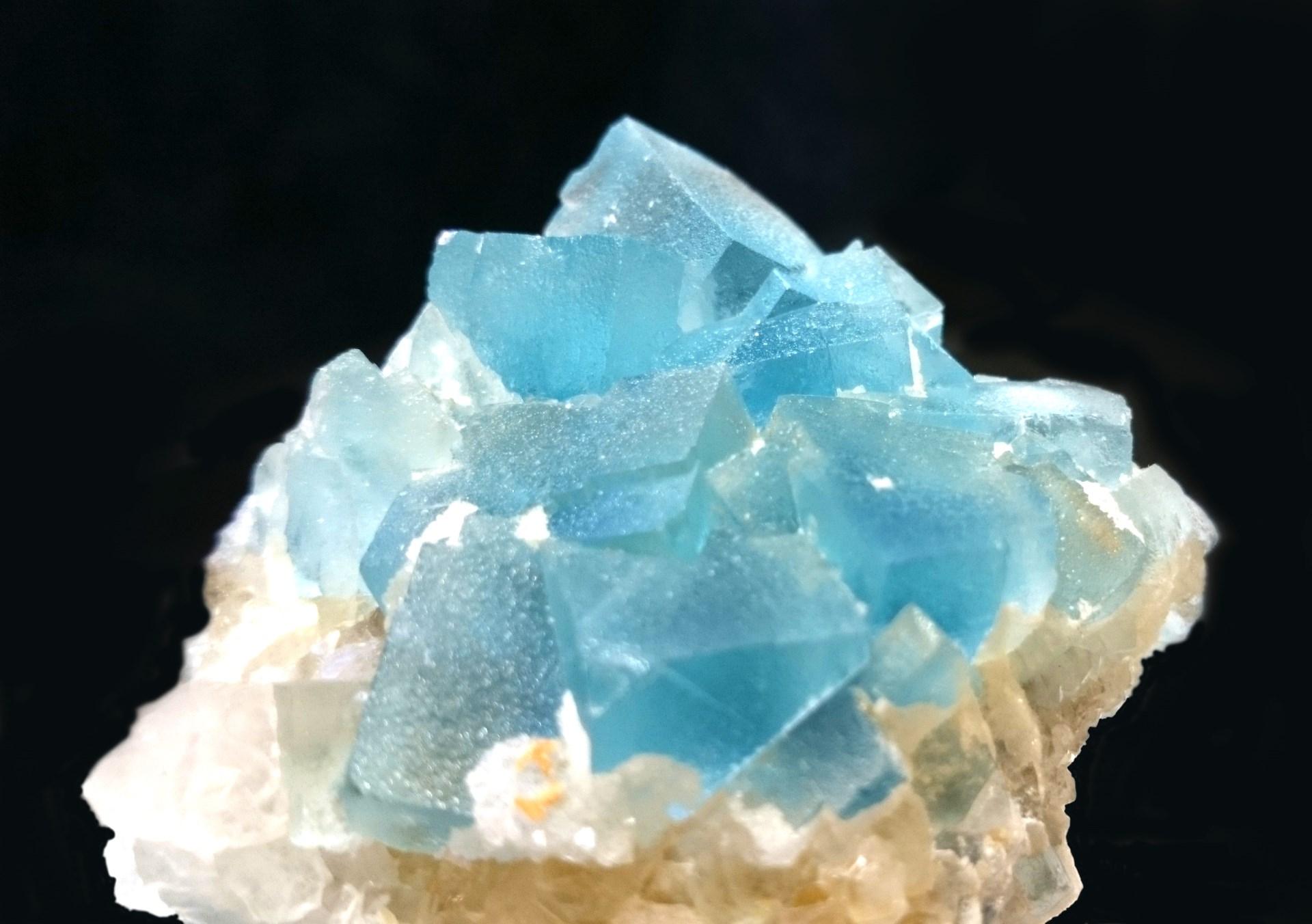 Fluorite ; Italy