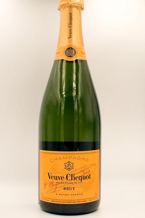 Veuve Clicquot Brut Non Vintage 750mL
