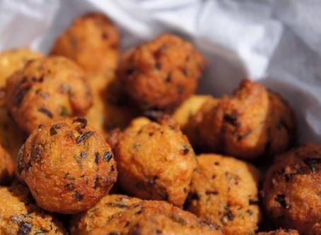 Gato Piman (Chilli Cakes)