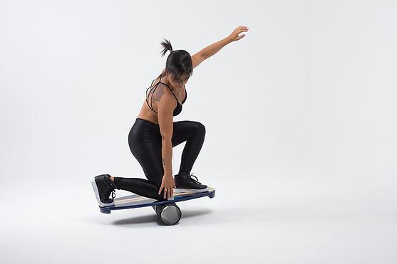Pranchas de Equilíbrio Vibeboard. Indicadas para quem busca aperfeiçoar o desempenho de lifestyle Surf, Skate, Yoga, Pilates e Treinamentos Funcionais adquirindo força, resistência e equilíbrio.