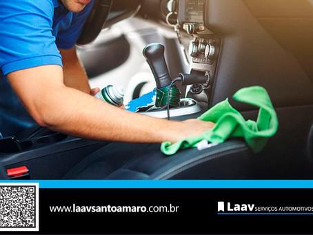 Qual a importância da higienização interna do carro?