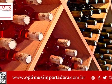 Descubra a melhor forma de conservar o seu vinho
