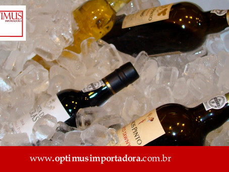 Temperatura de armazenamento e de serviço do seu vinho: quais as diferenças entre elas?