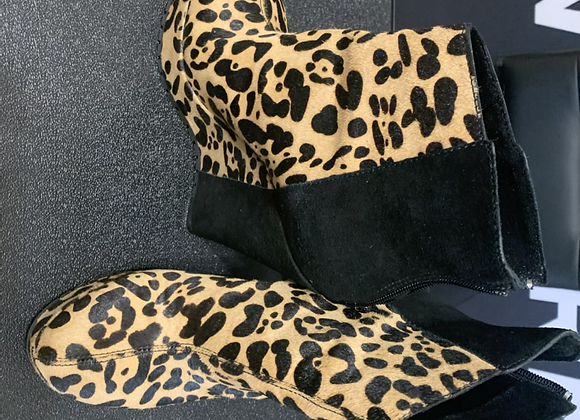 Kelsi Dagger animal print boot