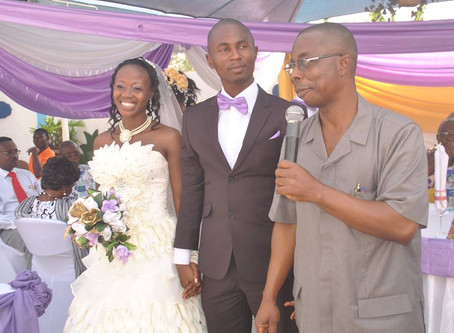 Elom Ohene Ties the Knot