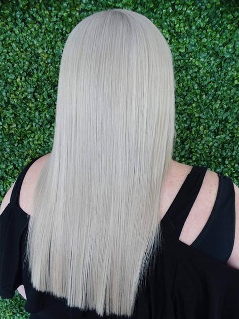 Bright milky blonde!! 💙💙_._#blondebabe