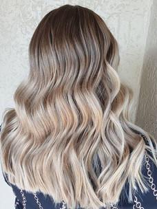 Hair goals! 😍 _Her before photos.jpg