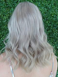 Stunning icy pearl blonde!!! 💙💙_._._#b