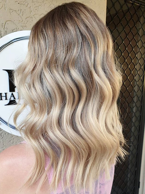 How perfectly blended is this balayage_!
