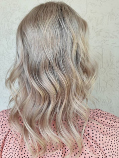 Half head foil regrowth refresh and tone