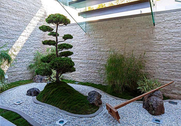 Creating a perfect mini landscape: Desktop Zen Gardens on mini rock garden, diy zen garden sand, mini zen sand table, japanese rock garden sand,
