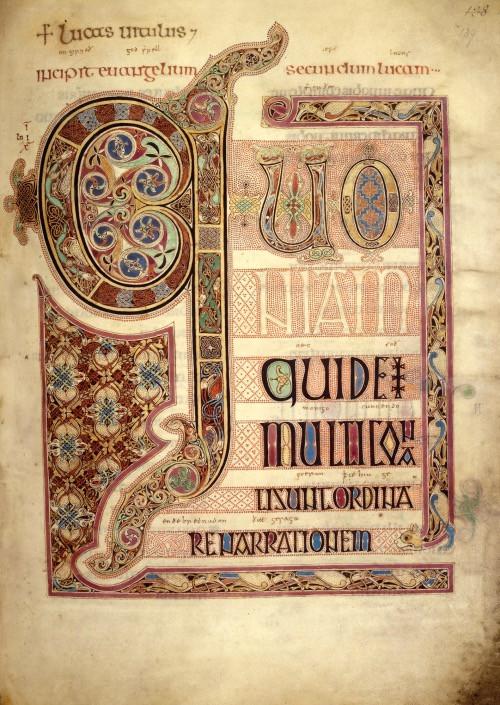 Os evangelhos de Lindisfarne, cuja capa fora roubada pelos vikings