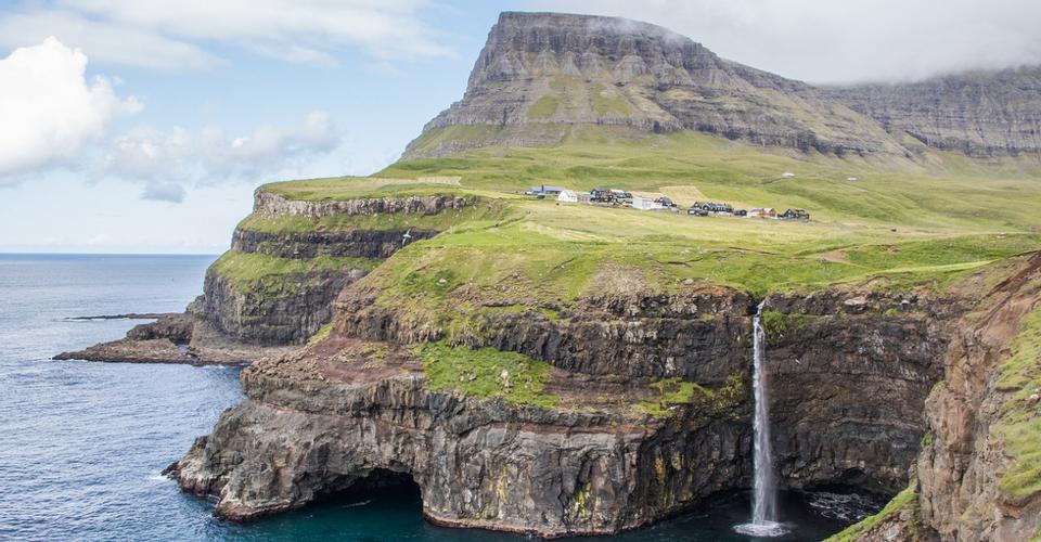 Conheça as Ilhas Faroé, famosas pela forte presença dos vikings