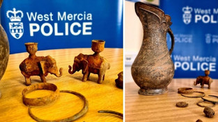 STOLEN VIKING TREASURE DISCOVERED BYMETAL DETECTORIST IN WORCESTERSHIRE, ENGLAND