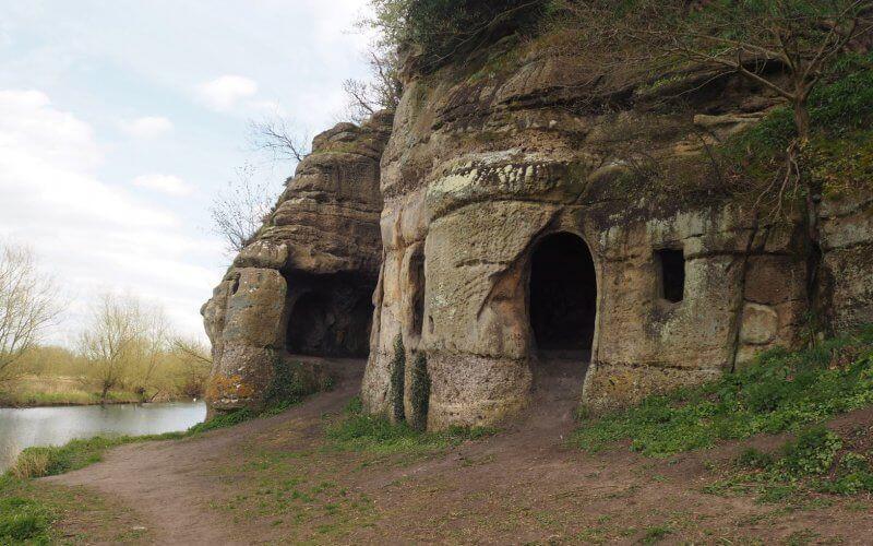 Arqueólogos identificam uma caverna anglo-saxônica próximo de local de intensa atividade viking