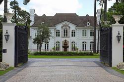 Gerentes_de_casas_ou_administradora_de_r