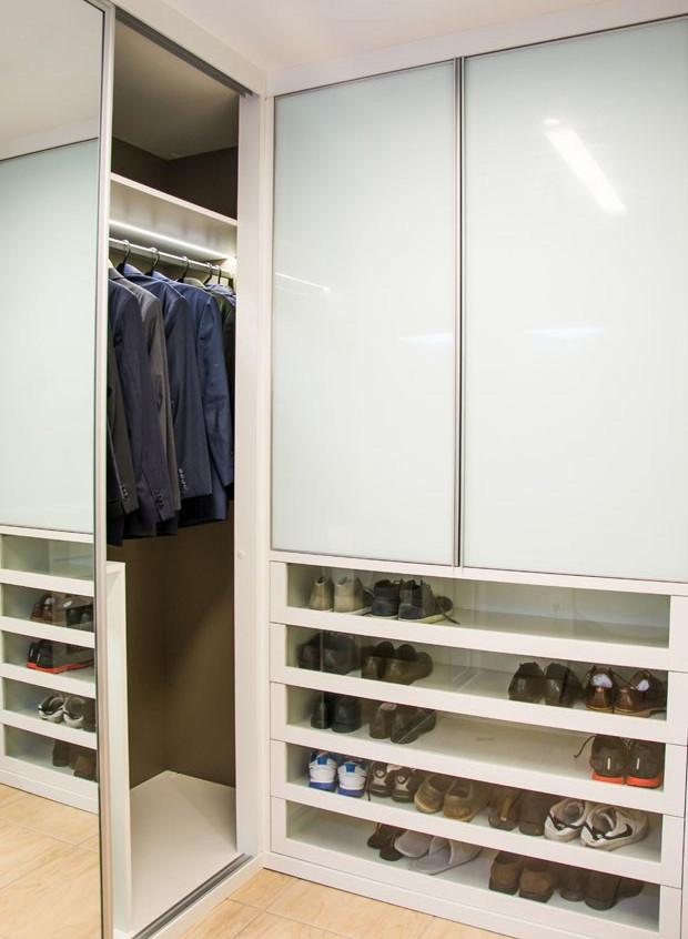 Arrumação de Closets e Armários