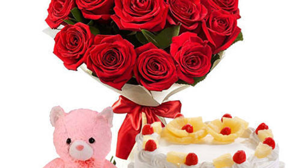 Red Roses,Cake and Teddy bear