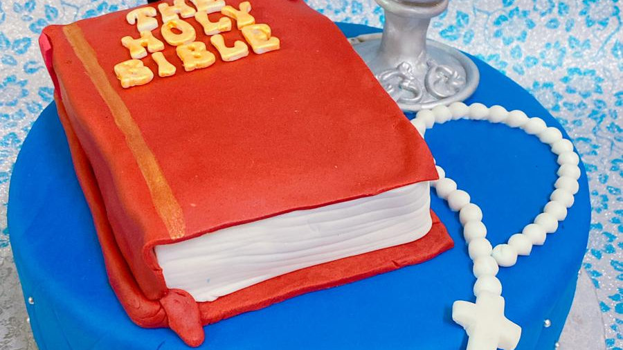 8 Inch Communion cake