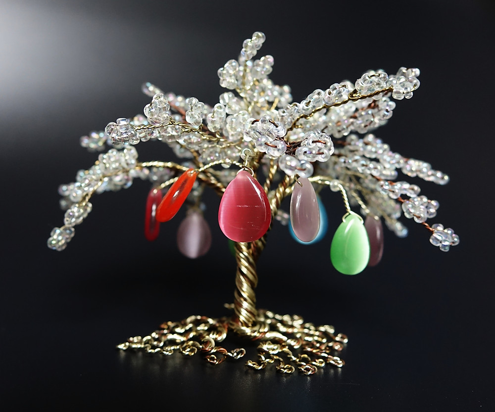'Rainbow Drops' tree of life sculpture