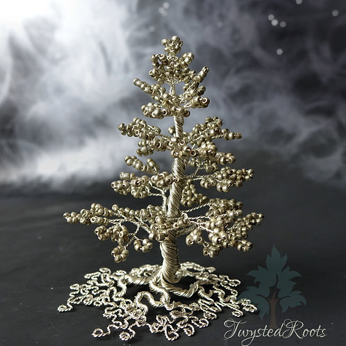 Silver bead and wire fir tree by Twysted Roots