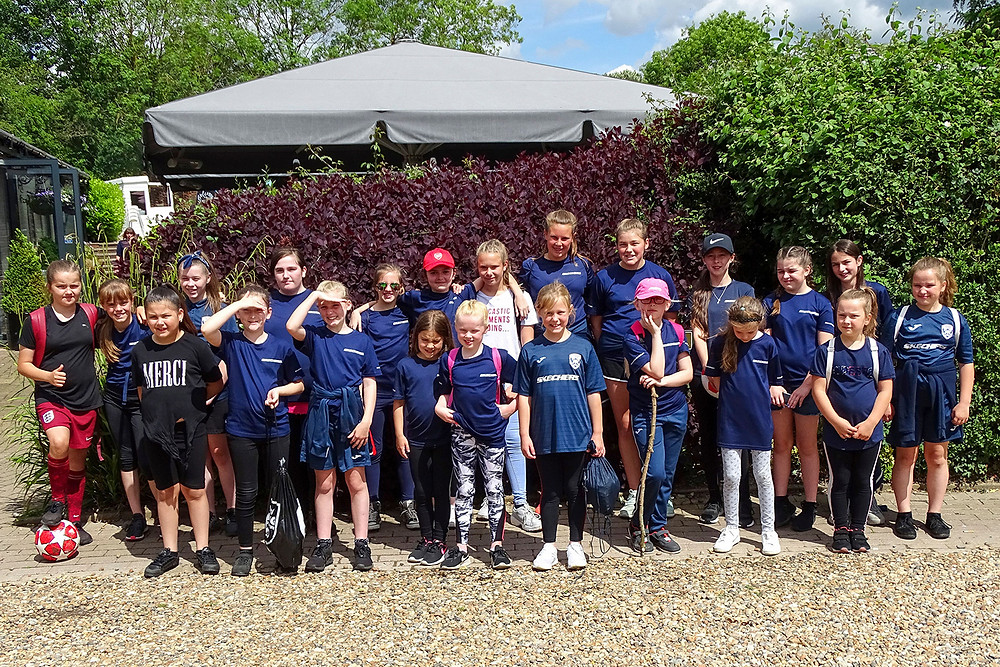 Starlets FC Walk for Willow