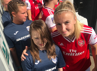 Starlets Meet Arsenal's World Cup Stars