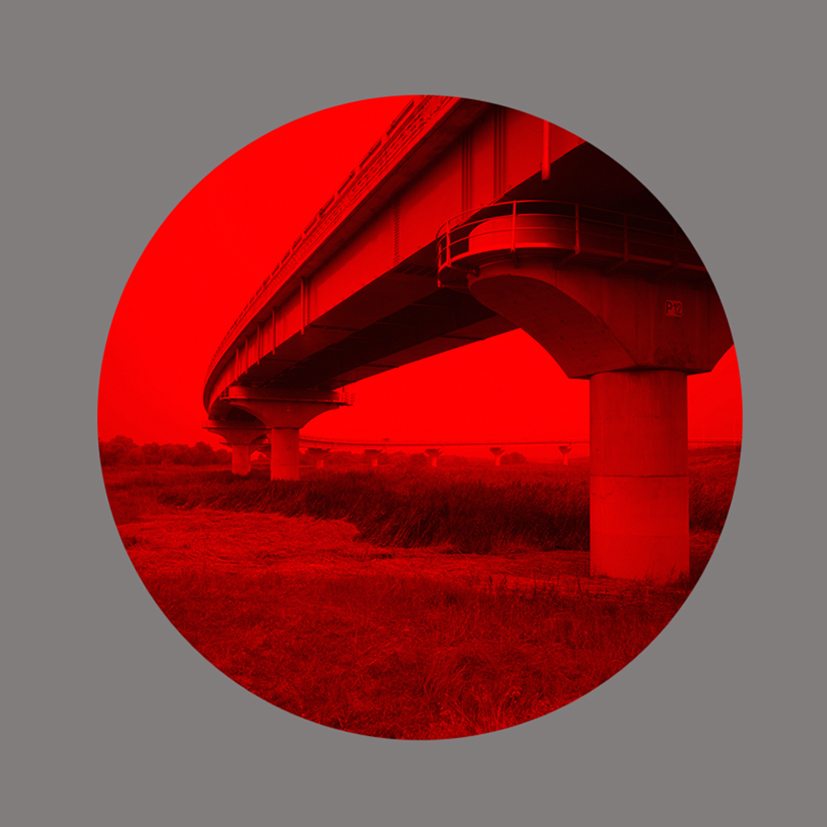 Redscape-3, 120x150cm, C print, 2011.jpg
