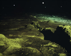 Tensless-61, The third moon, C print, 103x130cm, 2007