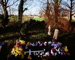 Tenseless-3,The grave yard,C print,125x100cm,2003