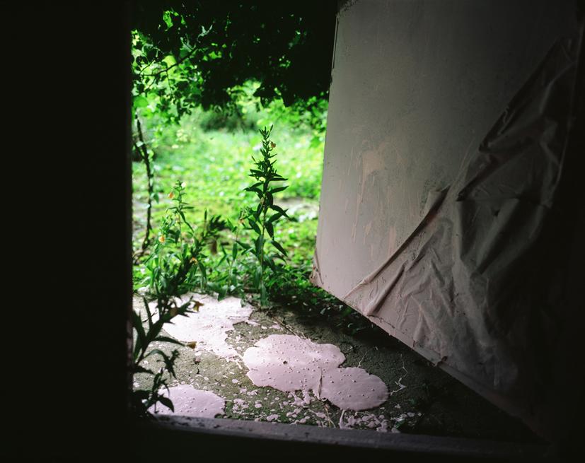 Tenseless-52, A song of silence, 103x130cm, C print, 2007