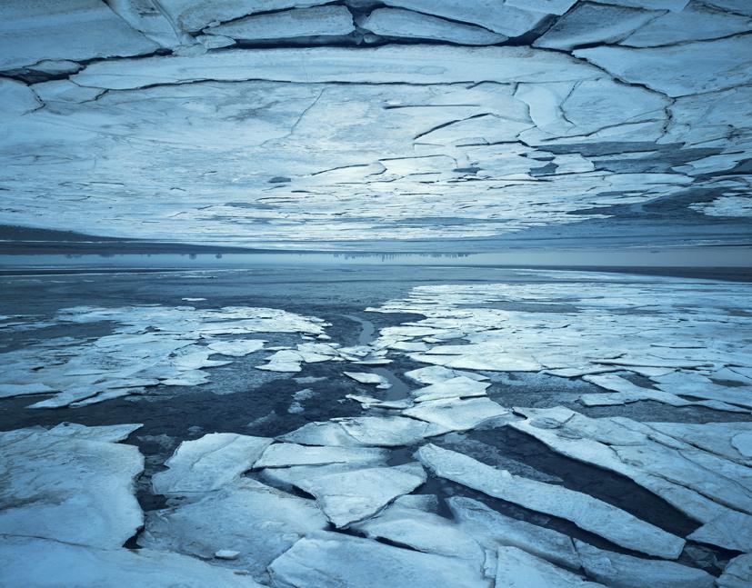Tenseless-Broken sky. 140x179cm, C print, 2015
