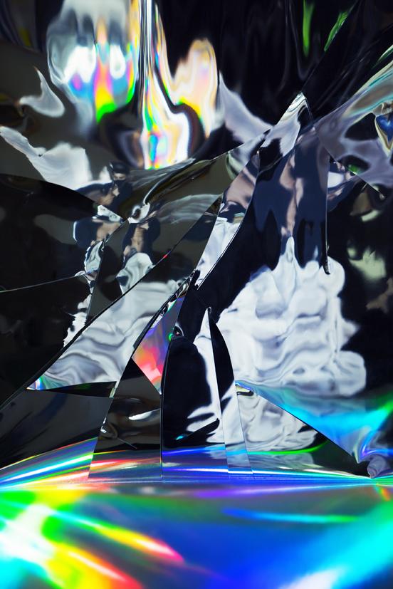 Broken gravity-5, Division, 100x150cm, C print, 2015