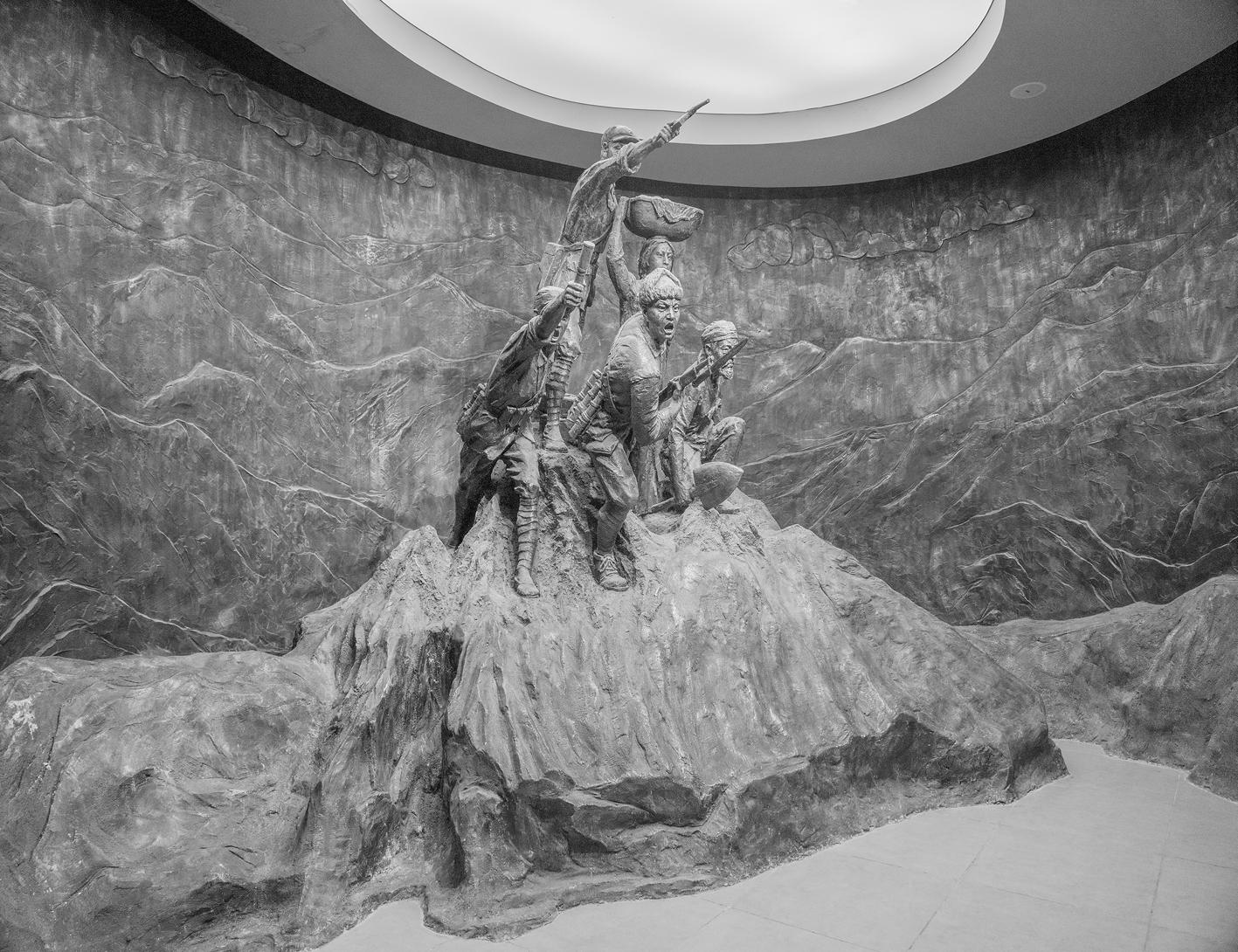 TMRP.Monument-1,120x150cm,C print,2017-1