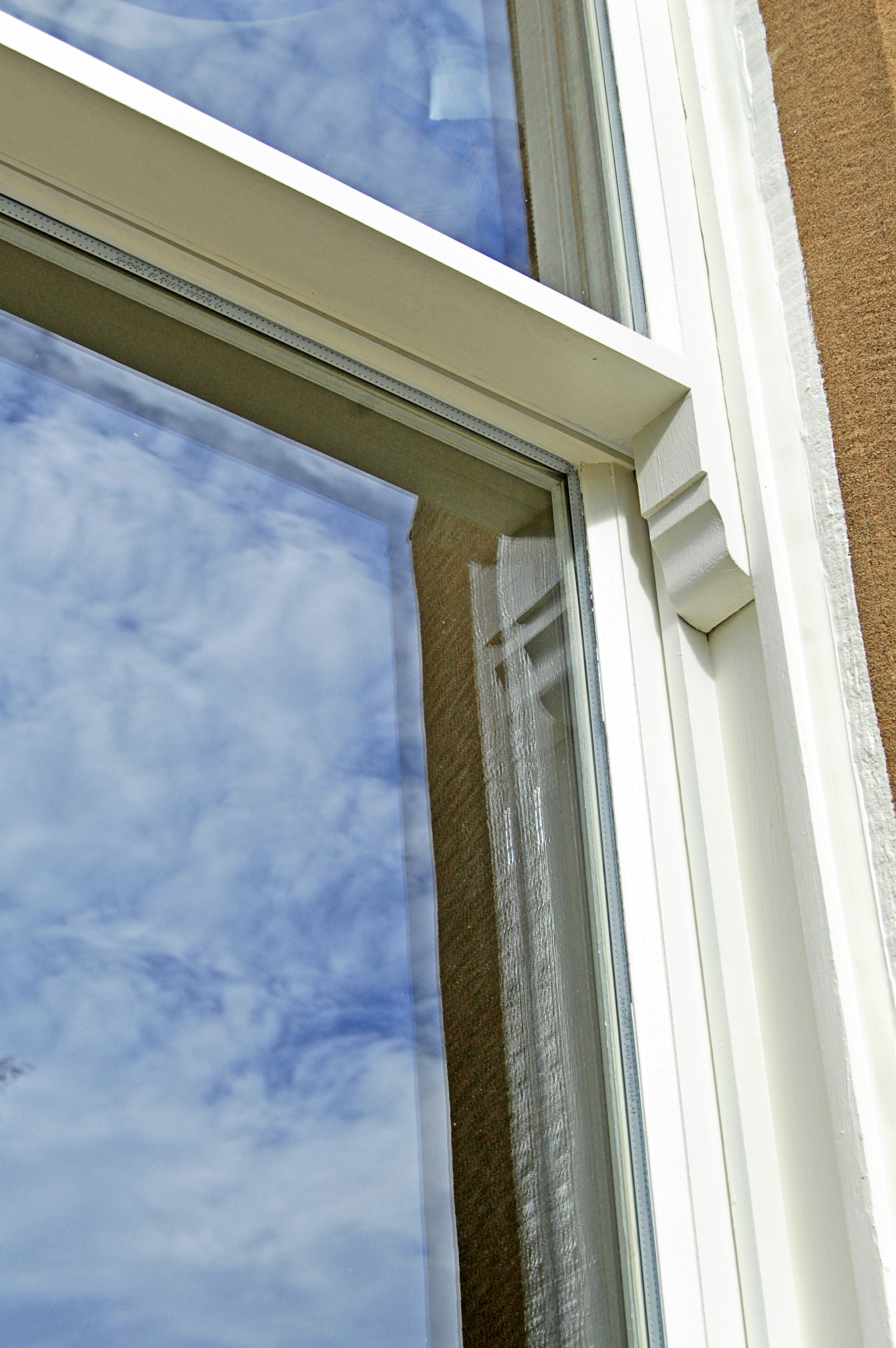Mastic pointing for sash windows
