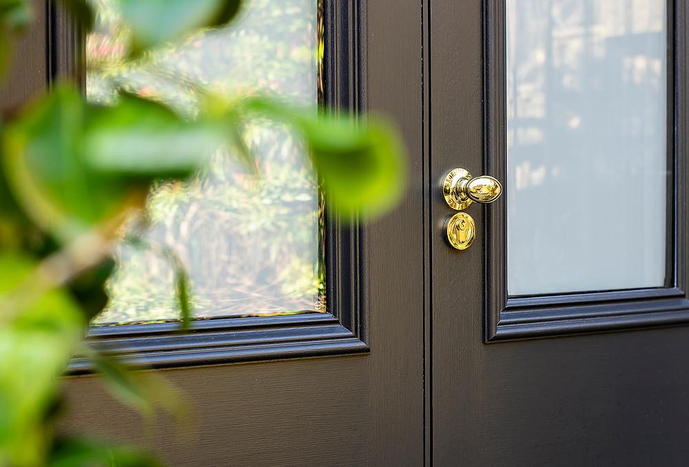 Bespoke Entrance Doors with glazed panels, MWM Matt Window Mate