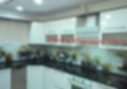Фартук на кухню из цельного стекла