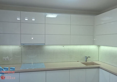Прозрачный фартукдля кухни