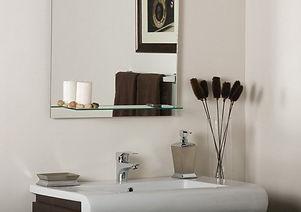 зеркало в ванную с полками