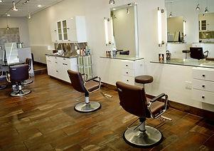 Зеркала в парикмахерскую в багете