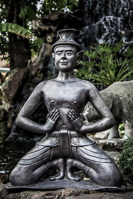 Thai hermit exercise Ruesri Dat Ton Thai hermit yoga posture