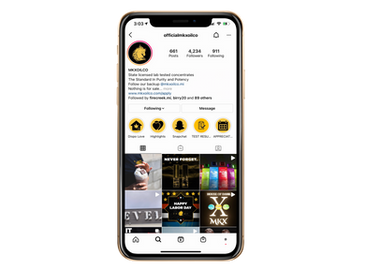 iphone-xs-mockup-22485 (51).png