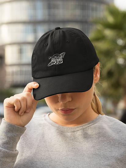 dad-hat-mockup-of-a-woman-with-an-athlei