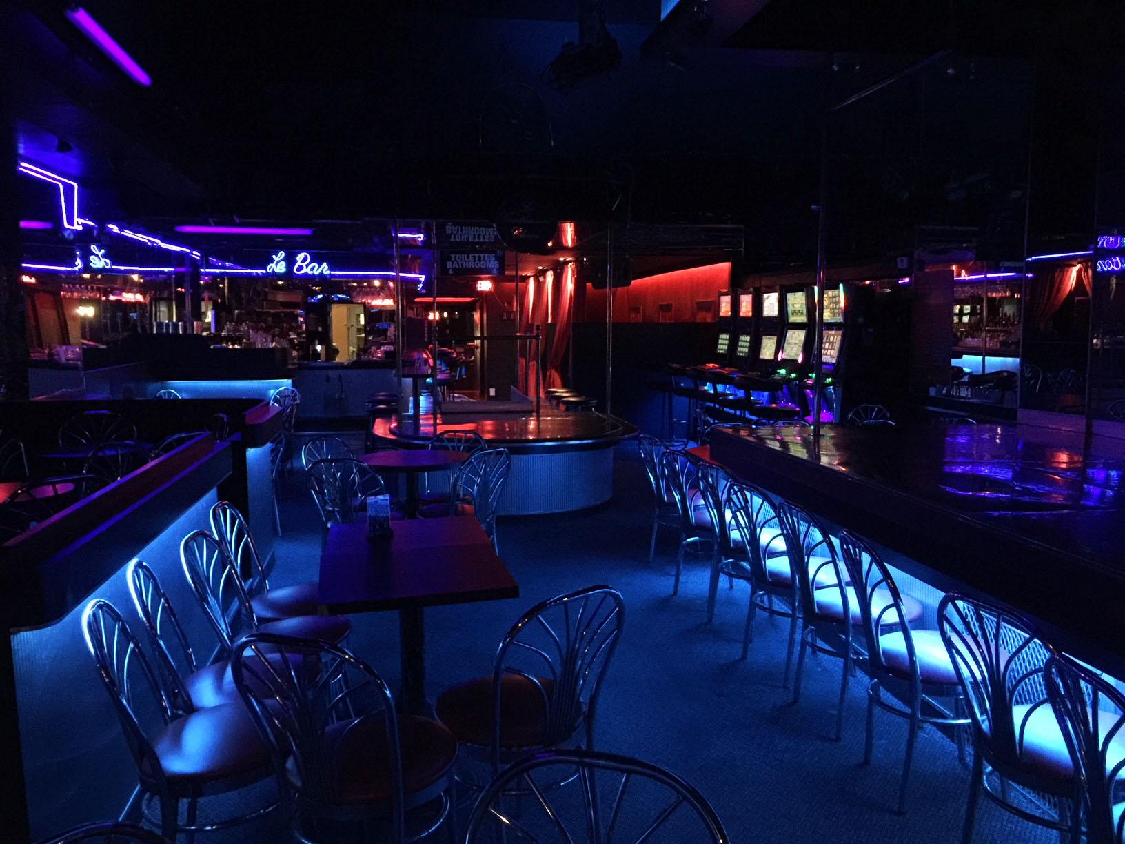 Club L'Axe_01